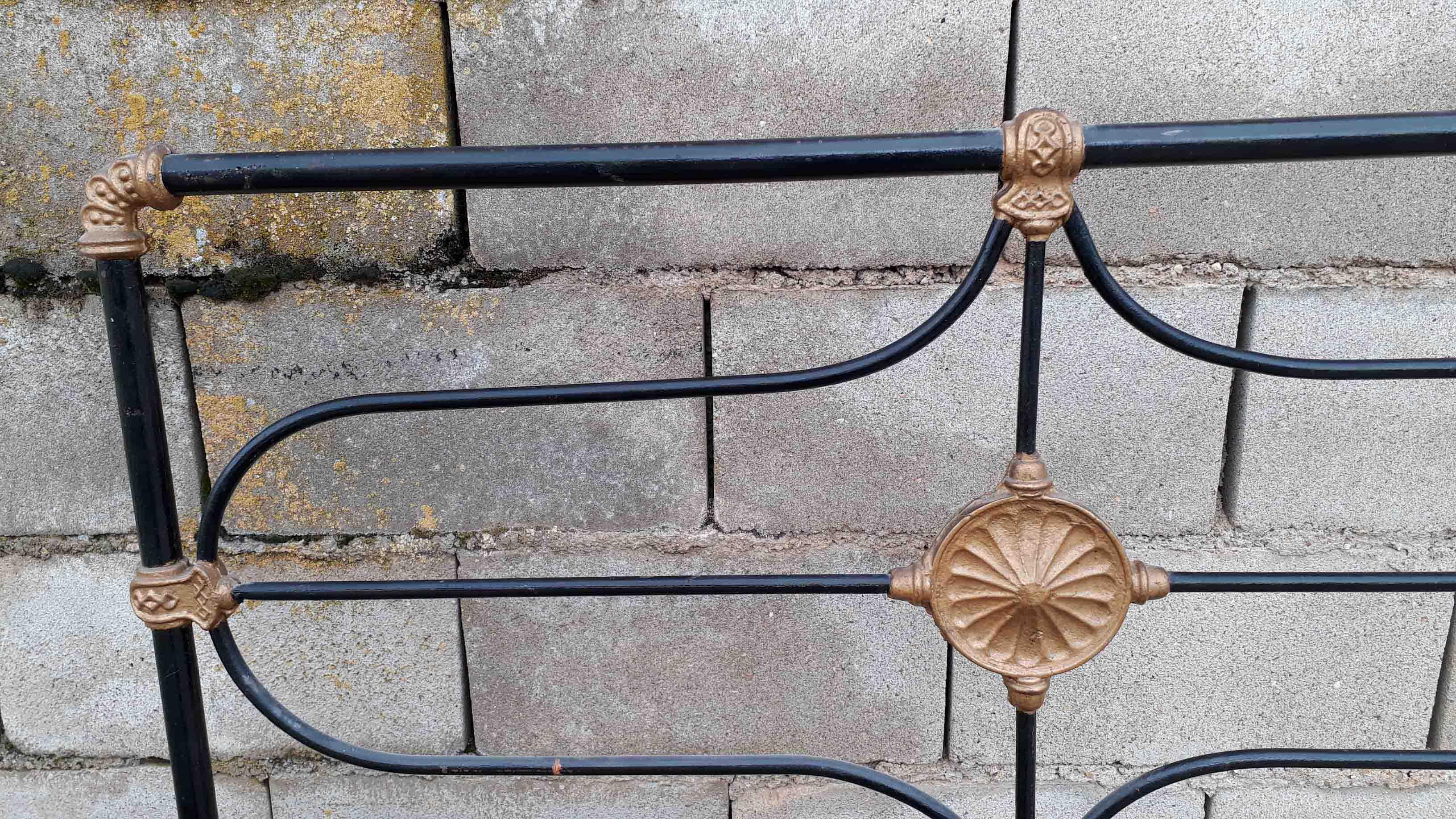 Cama antigua de hierro s xix el viejo ode n - Camas antiguas de hierro ...