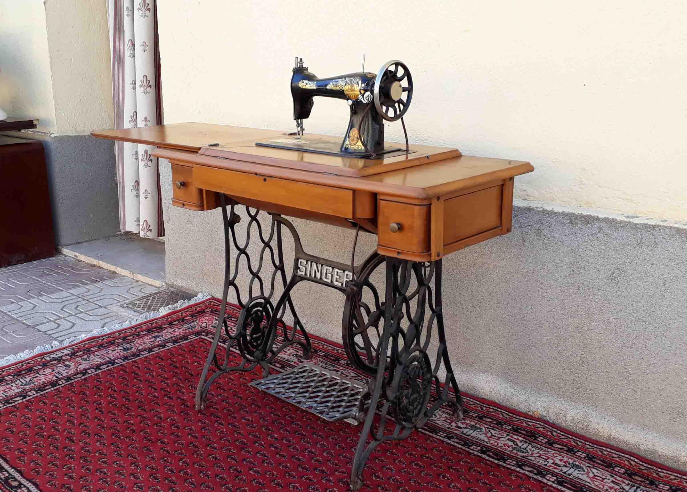 Máquina de coser antigua SINGER, 1925. | El Viejo Odeón